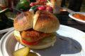 Drobiowy Burger Biwakowy