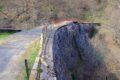Opuszczona zapora wodna w Muntele Rece