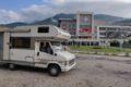 Travnik – parking przy uniwersytecie